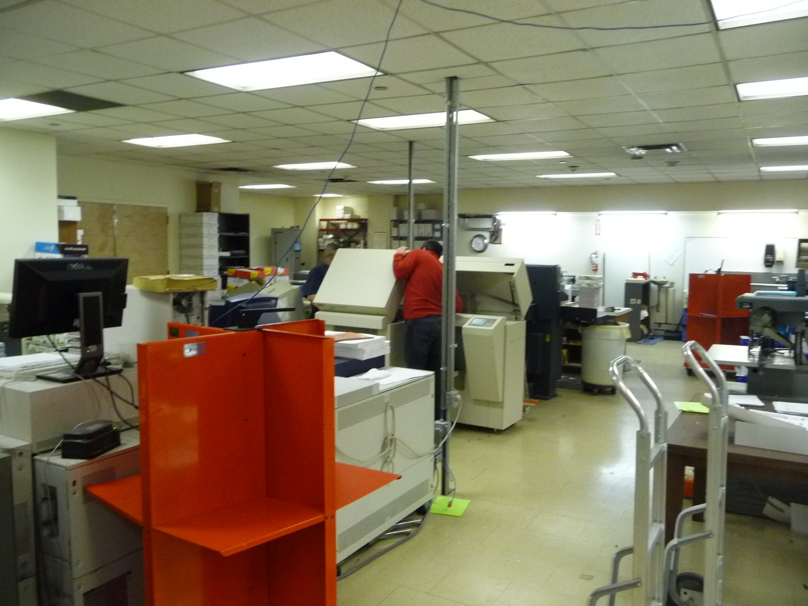 Print shop working image