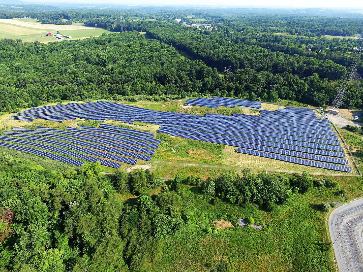 Montgomery County Correctional Facility Ground Solar Panels Overview