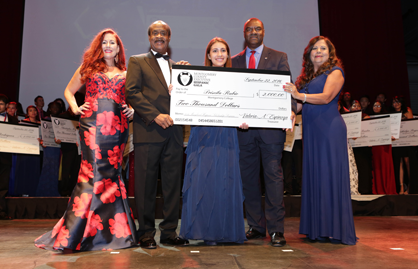 DHCA's 2016 Montgomery County Executive Hispanic Gala Scholar Recipient