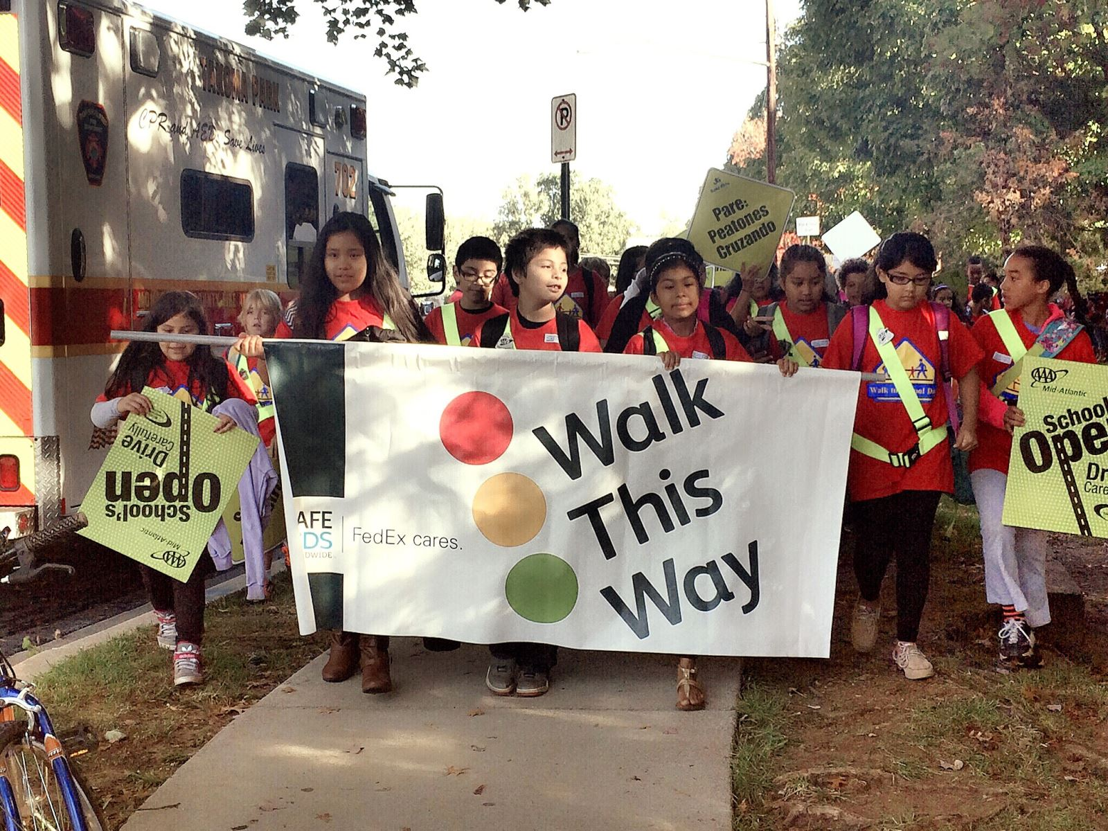 Walk to School Day 2013 at Kensington Parkwood Elementary School