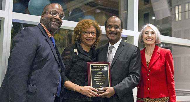 photo; First Lady Catherine Leggett Honored as Peacemaker of the Year;