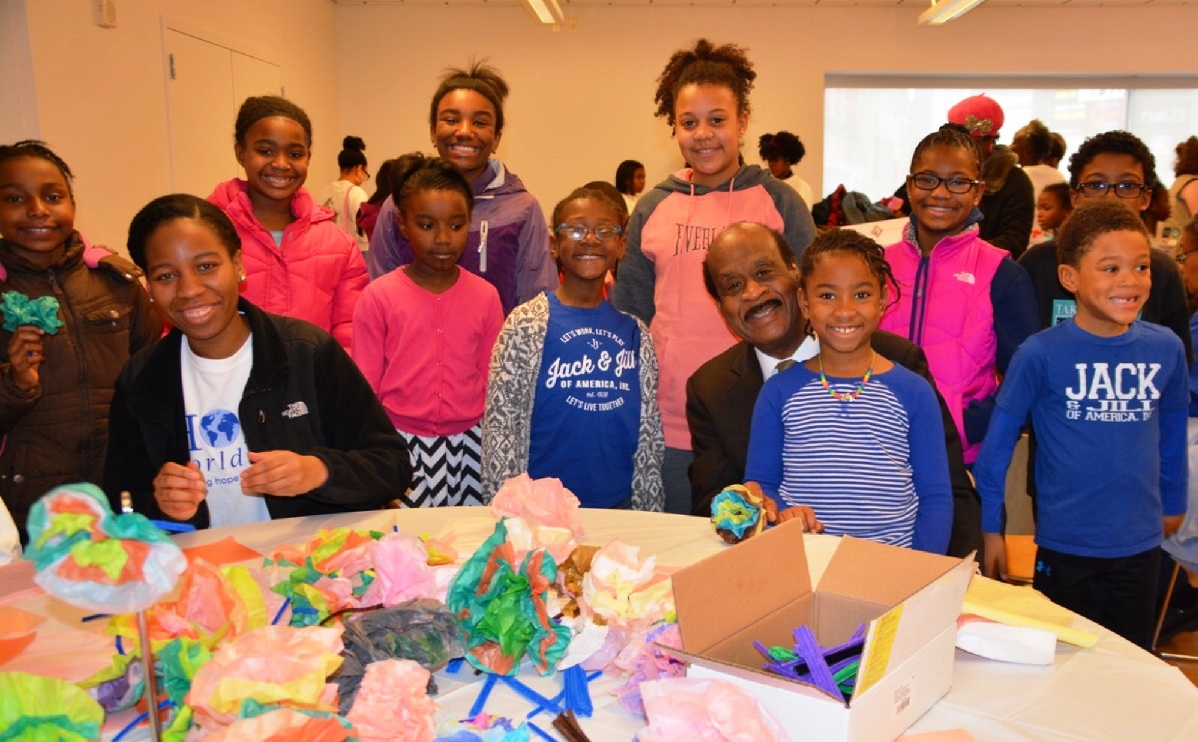 Montgomery County Executive Ike Leggett (center) visited the Silver Spring Civic Building to meet with young Jack & Jill members who volunteered for MLK Day of Service