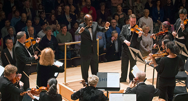 Leggett Conducts National Anthem at the Opening of National Philharmonic