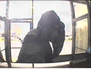 020613 Burglary suspect profile