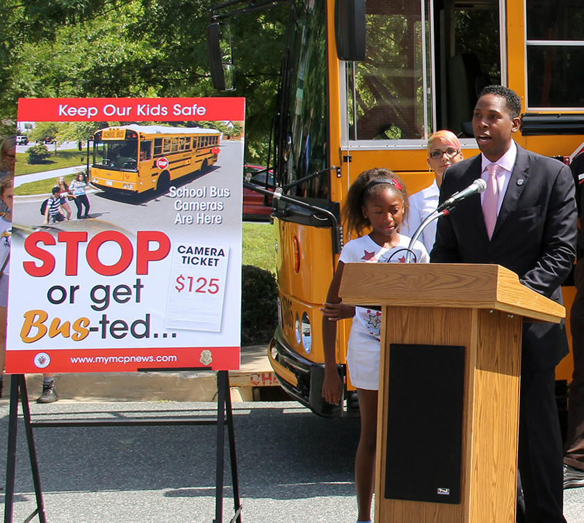Councilmember Rice addressing public at the STOP or Get Busted event