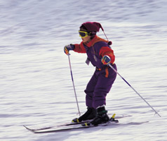 child snow skiing